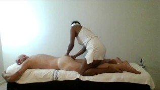 Ebony Masseuse gives professional sensual massage with happy ending