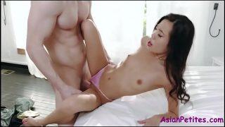 Hot Teen Slut Likes Huge Thick Cock